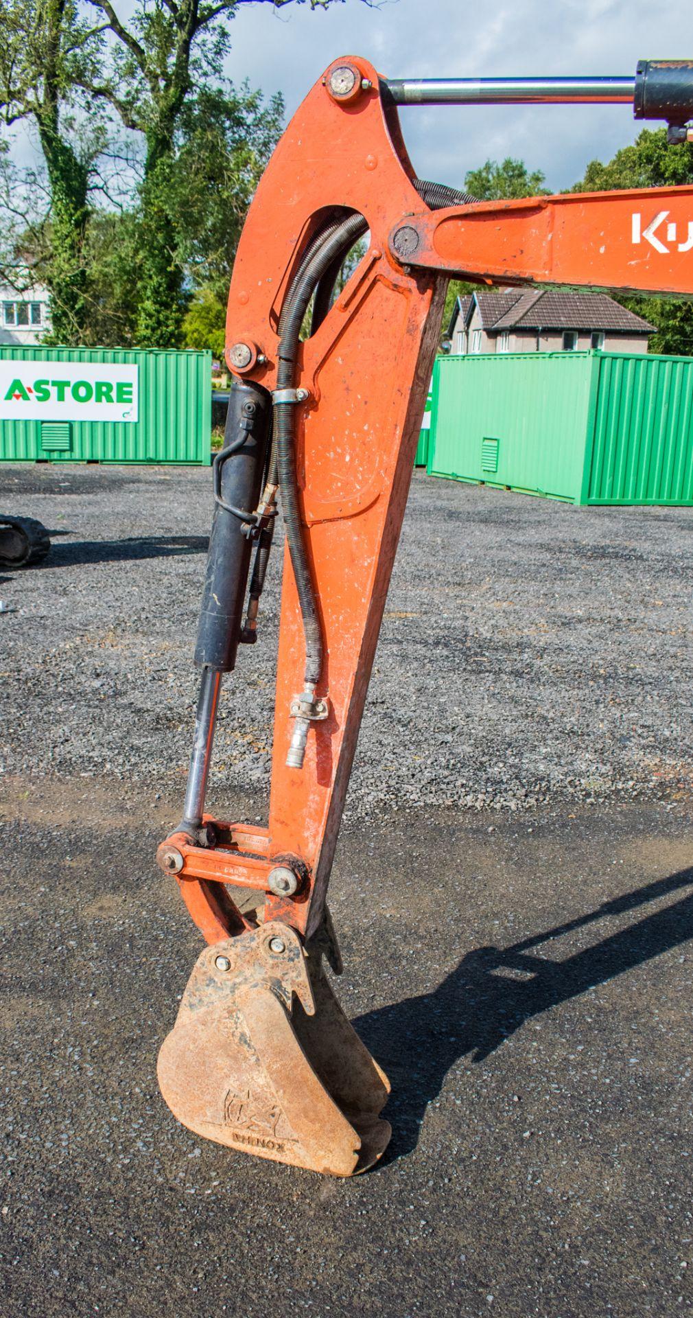Lot 11 - Kubota U27-4 2.7 tonne zero tail swing rubber tracked mini excavator Year: 2016 S/N: 58403