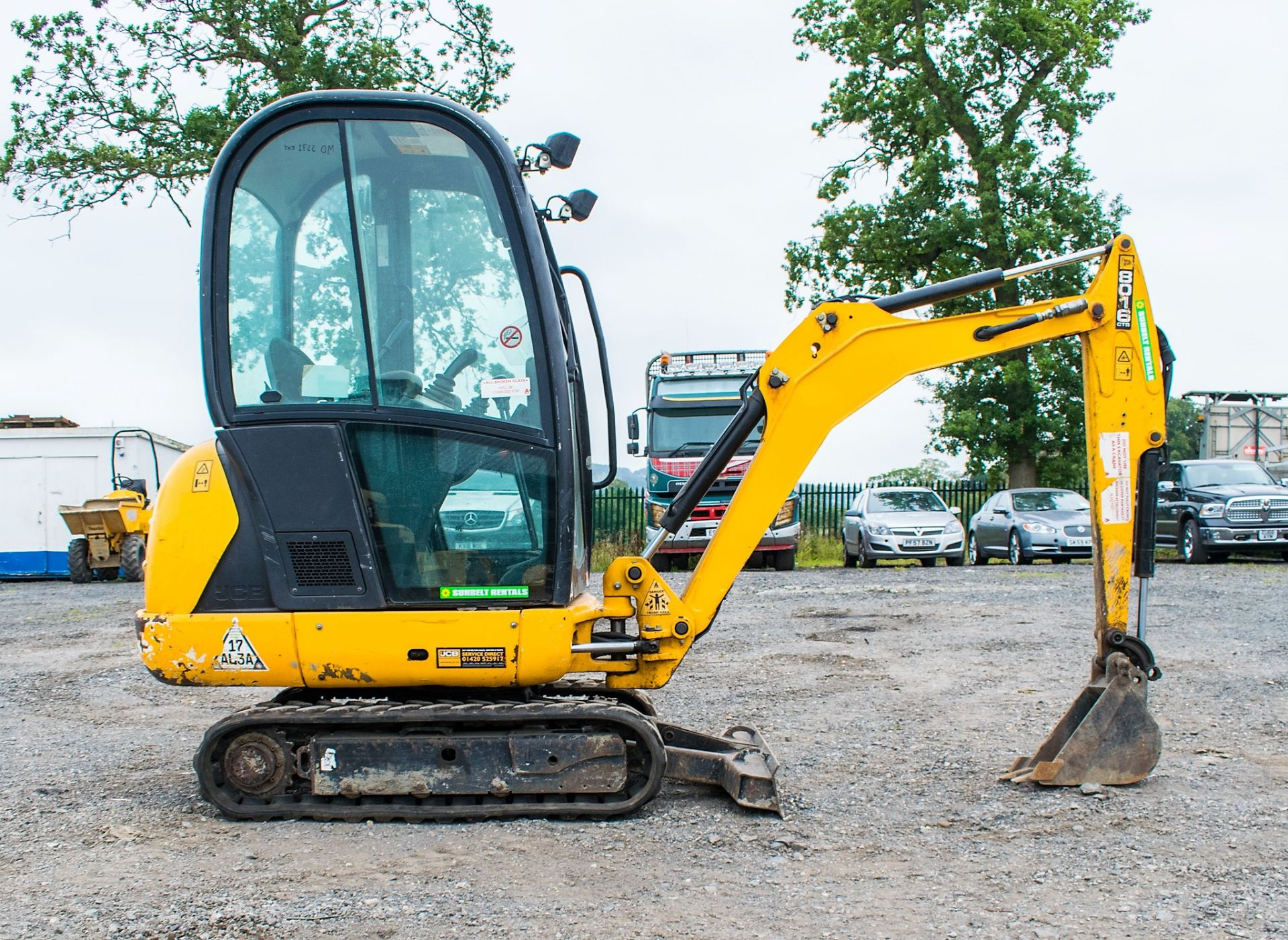 JCB 8016 1.6 tonne rubber tracked excavator  Year: 2015 S/N: 1733 Recorded Hours: 1861 A669405 - Image 7 of 20