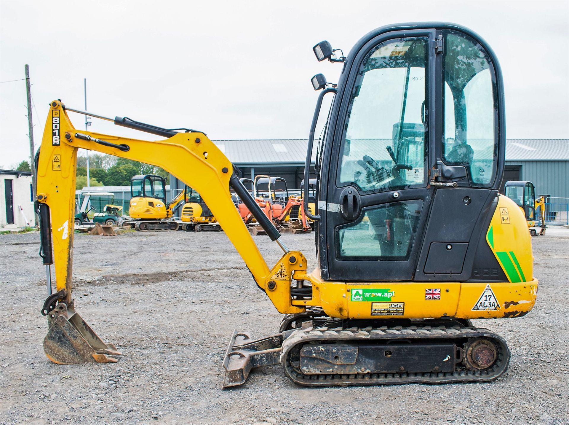 JCB 8016 1.6 tonne rubber tracked excavator  Year: 2015 S/N: 1733 Recorded Hours: 1861 A669405 - Image 8 of 20