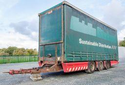 SDC 8 metre tri axle trailer Date of Registration: 15/12/2010 S/N: H05700011618