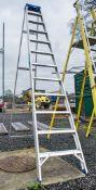 Clow 12 tread aluminium step ladder A746290