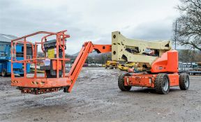 JLG M450AJ battery/diesel articulated boom access platform Year: 2011 S/N: 150483 Recorded Hours: