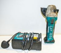 Makita 18v 115mm angle grinder c/w charger A942866 ** No battery **