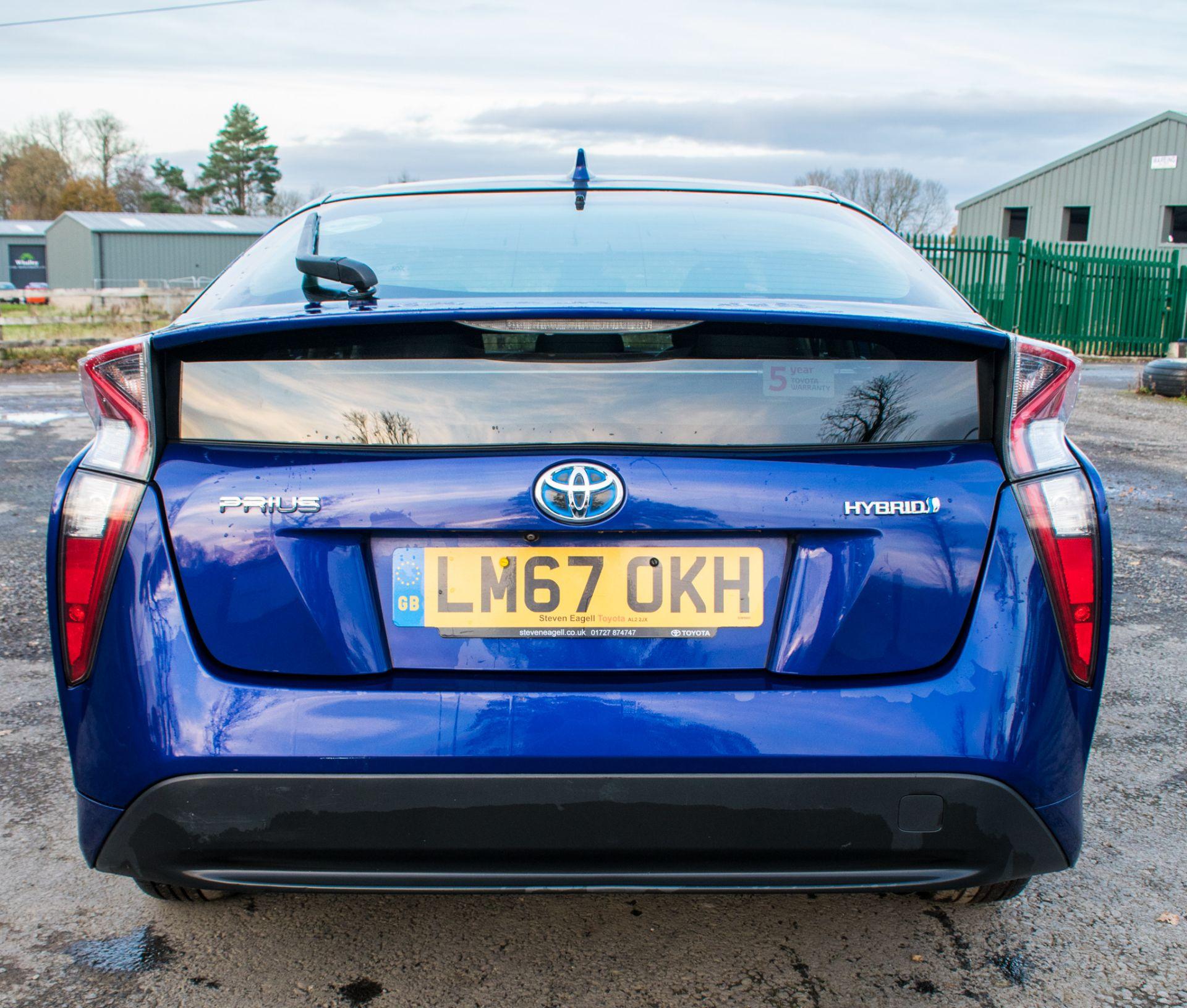 ToyotaPrius ActiveHybrid Electric 5 doorHatchback  Registration Number: LM67 OKH Date of First - Image 6 of 17