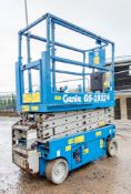 Genie GS1932 battery electric scissor lift access platform Recorded Hours: 300 08830032