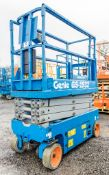 Genie GS1932 battery electric scissor lift access platform Recorded Hours: 152 08830078