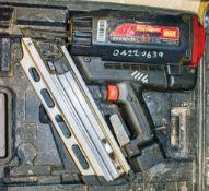 Max nail gun c/w carry case ** Parts dismantled **