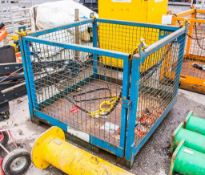 Personnel lifting cage INTH00160