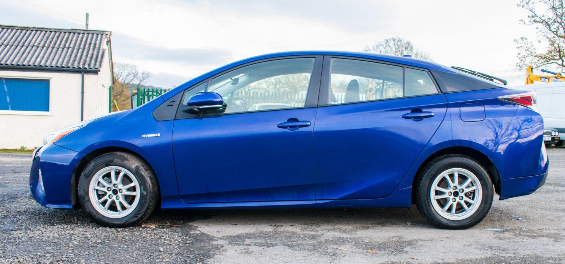 ToyotaPrius ActiveHybrid Electric 5 doorHatchback  Registration Number: LM67 OKH Date of First - Image 8 of 17