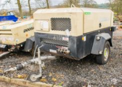 Doosan 7/72 diesel driven fast tow mobile air compressor Year: 2014 S/N: 542104 Recorded Hours: 1391