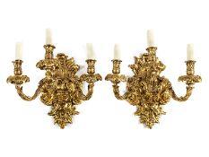 Paar Wandleuchter im Louis XIV-Stil Höhe ohne die Kerzen: 38,5 cm. Italien, 19./ 20. Jahrhundert.