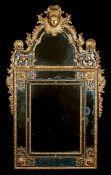 Großer Régence-Spiegel 175 x 91 cm. Frankreich, erstes Viertel 18. Jahrhundert. Hochrechteckige Form
