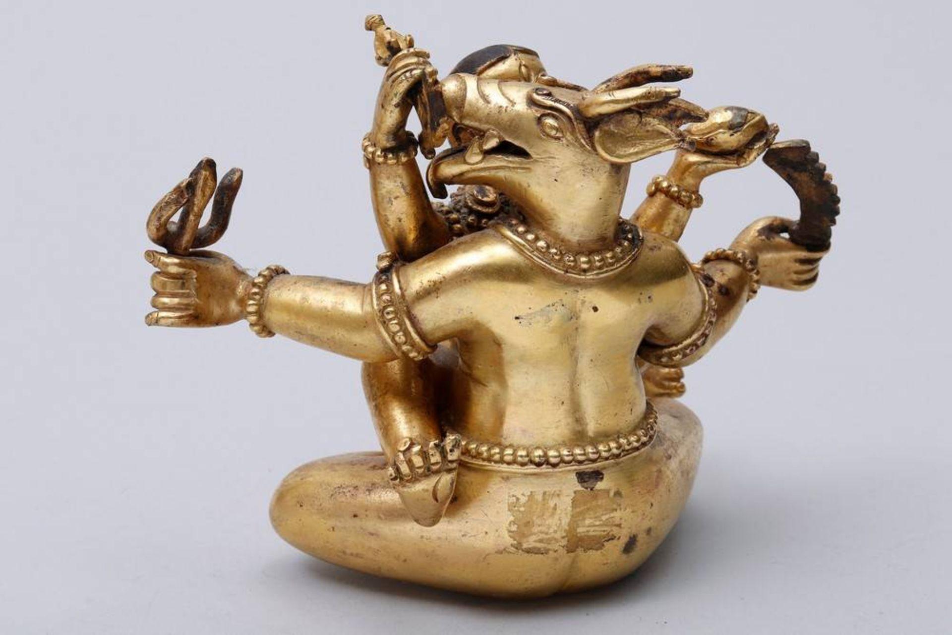 Buddhistische Gottheit Nepal/Tibet, 18./19.Jh., wohl Yama Dharmaraja mit Chamundi, in sitzender - Bild 4 aus 10