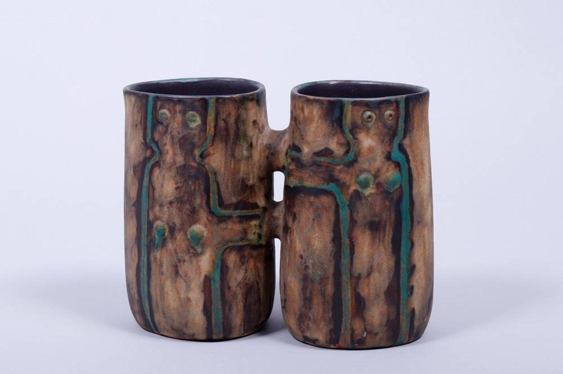 Doppel-Vase, Entwurf Eva Fritz-Lindner (1933-2017) für Staatliche Majolika Manufaktur Karlsruhe, - Bild 2 aus 3