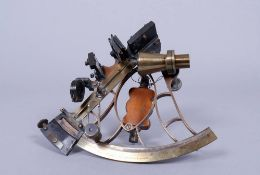 Sextant in Transportkiste, Cox & Coombes, Devenport/Plymouth, um 1900/20