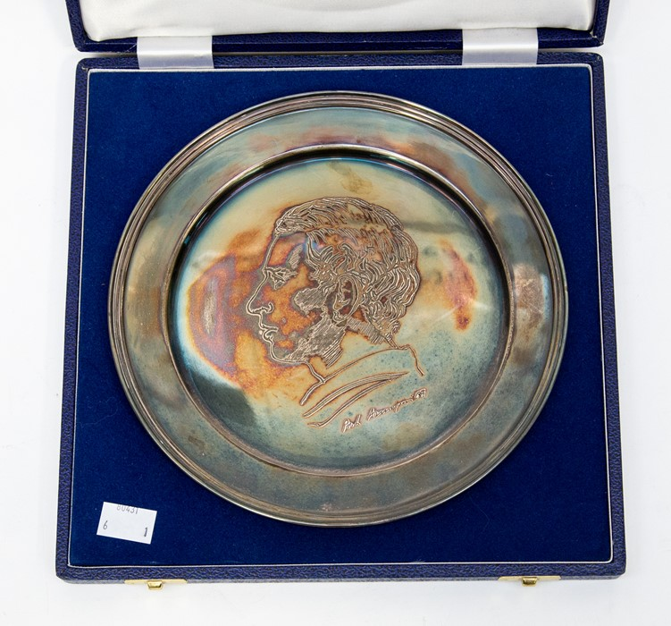 Lot 37 - An Elizabeth II silver Prince Charles commemorative plate, Sheffield 1980, signed by 'Maestro Pietro