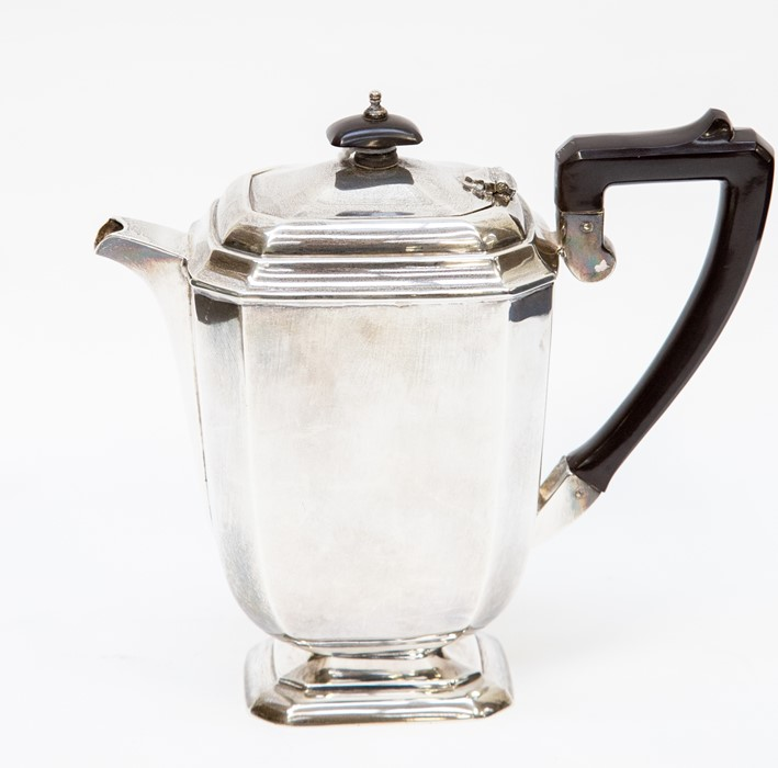 Lot 27 - Birmingham 1937 teapot with Bakelite handle, 22.21 ozt approx