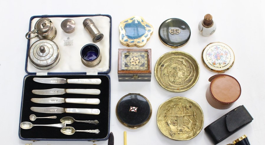 Lot 38A - A collection of assorted silver hallmarked items to include: four knives (blades), four spoons (