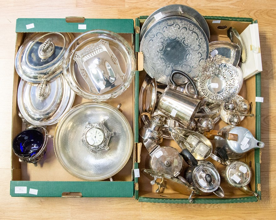 Lot 13 - A collection of silver plate/EPNS/white metal including pair of entrée dishes and covers, circular