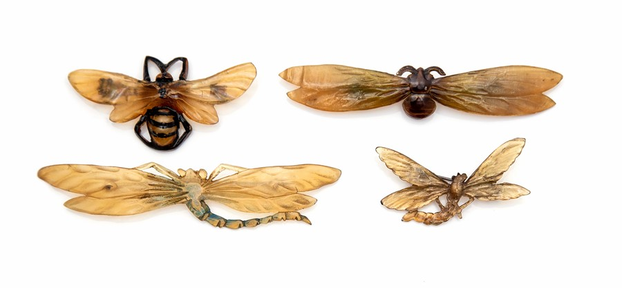 Lot 2001 - Georges Pierre, a series of four French horn Art Nouveau insect brooches, the bee design signed