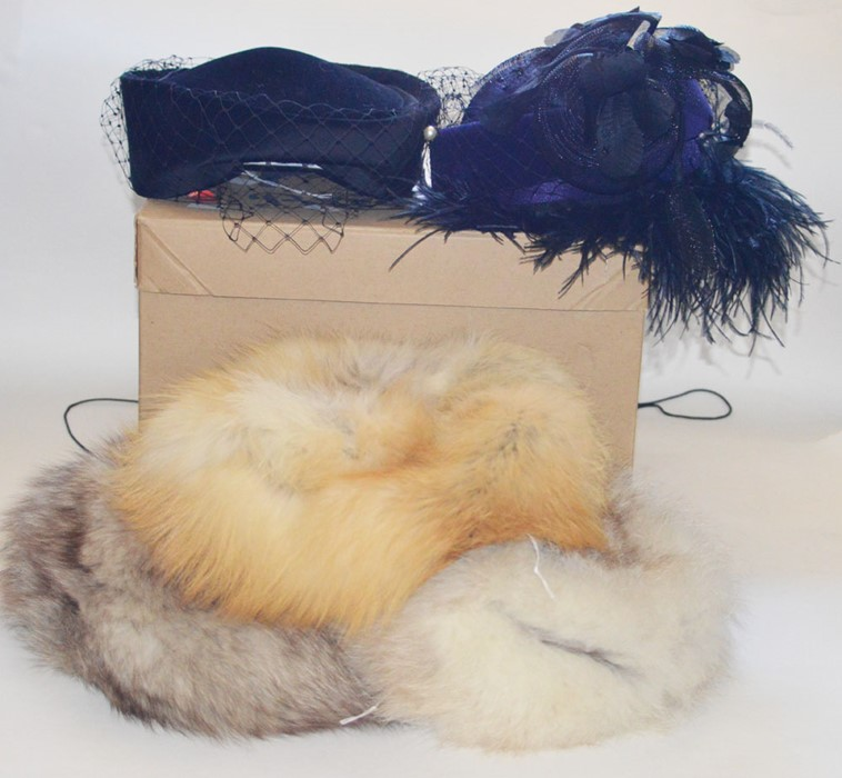 Lot 3332 - One box of hats to include: A blonde fox fur hat, a Mitzi Ginger Fox fur hat. A Della pillbox in a
