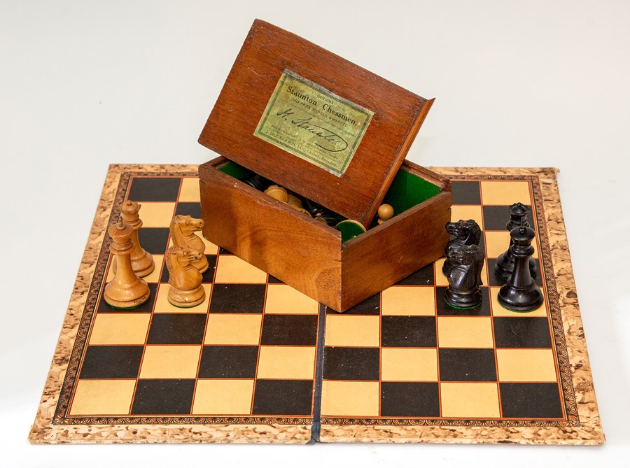 Lot 2514 - A Staunton Chessmen chess set, the white king (height 7cm) marked Jaques London, the knights and
