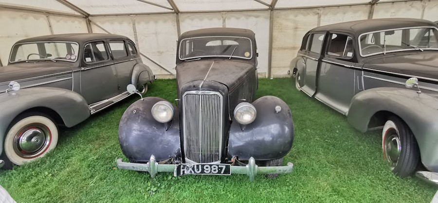Lot 3 - MKI HAWK former Police vehicle.HXU 987: 1947 THIS IS NOW A CLOSED AUCTION RUNNING AT 12 NOON ON