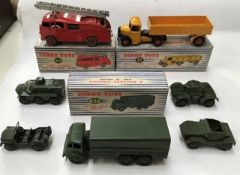 Dinky: A boxed Dinky Toys Articulated Lorry 921, very good, small chips to trailer. 10 Ton Army