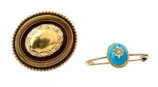 A yellow metal Victorian target Brooch/Pendant wit