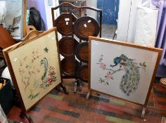 ***LOCATED AT GRESLEY****Two 1930/40's oak cake stands along with two firescreens (4)