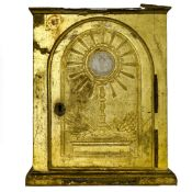 18th century work Tabernacle door, Carved giltwood Some damage and chips. Height (cm) : 43,5 -