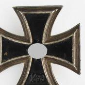 Kampfabzeichen III. Reich Eisernes Kreuz 1939, 1. Klasse, nicht magnetisch, alte Reparatur, Nadel