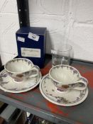 20th cent. Ceramics & Glass: Villeroy & Boch, Depuis 1748, design 1900 two cups and saucers, plus