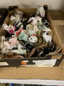 20th cent. Ceramics: Hands of Fatima and other hand themed figures. More than 40. (1 box)