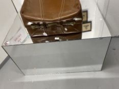 20th cent. Mirrored display stand. 40ins. x 32ins. x 24ins.