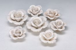 13 porcelain roses, probably German, around 1900, white, D. 6.5-9 cm