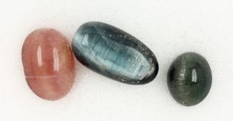 Lot loose tourmaline cat's eyes , total approx. 7.83 ct, different sizes and colours