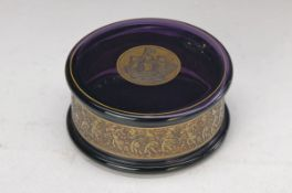 lid box, Moser Karlsbad, around 1910-20, purple glass, encircling antique Frieze gilt, cover with