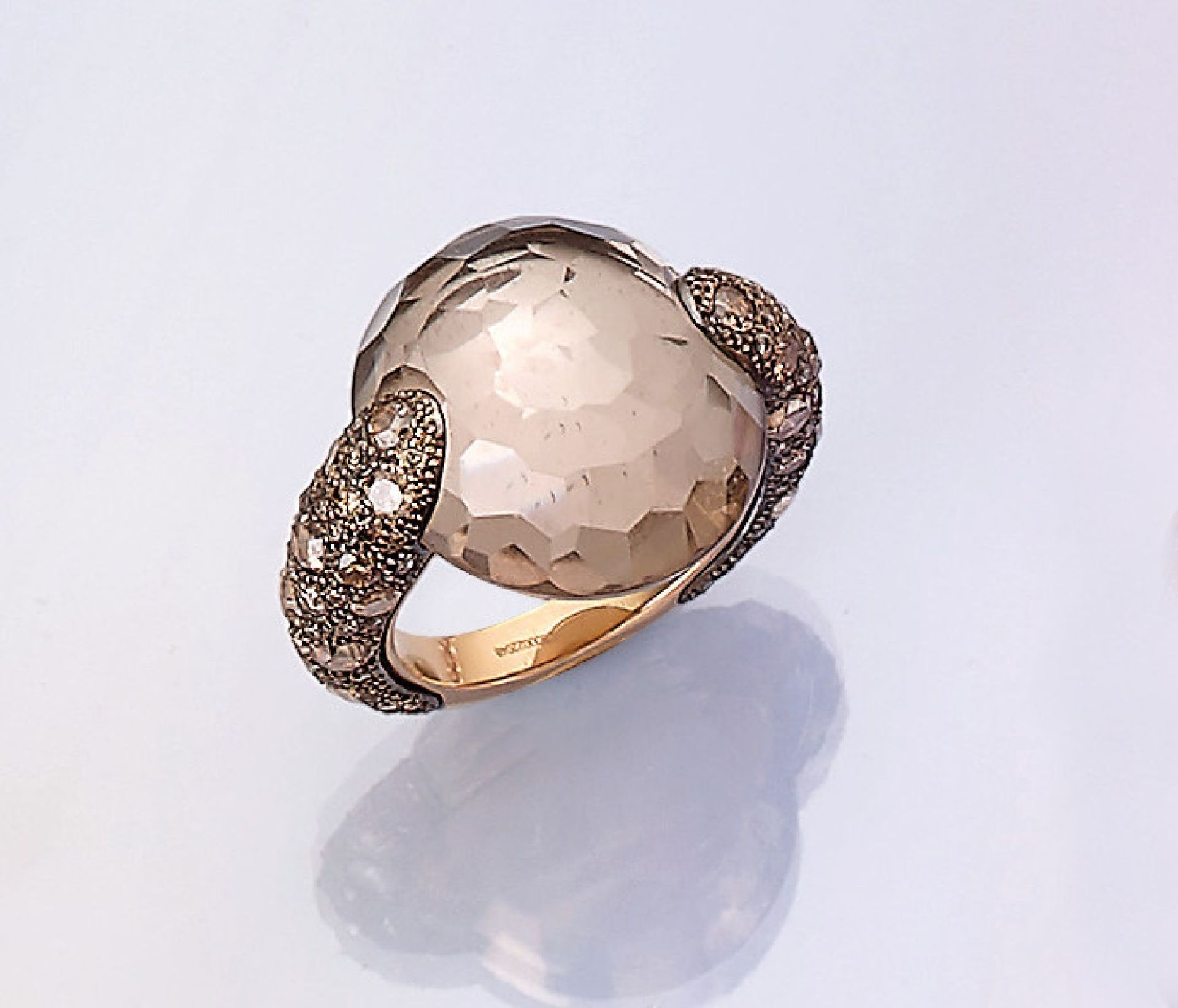 Los 31502 - 18 kt gold POMELLATO ring with smoky quartz and diamonds , Rose G 750/000, bevelled smoky quartz