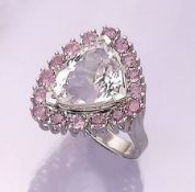 14 kt gold ring with morganite and tourmalines , WG 585/000, centered morganite triangle approx. 6