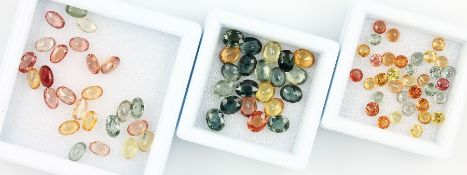 Lot loose sapphires , bevelled, Fancy Colour, total approx. 21.5 ct, in different colours, Green,