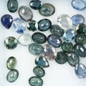 Lot loose sapphires , total approx. 19.58 ct, in different cuts, sizes and different shades of green