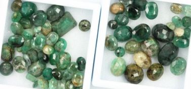 Lot loose emeralds , total approx. 104 ct, in different cuts and sizes, partially dismounted,