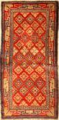 China alt, um 1930, Wolle auf Baumwolle, ca. 132 x 68 cm, EHZ: 4