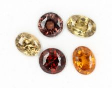 Lot 5 loose zircones total 18.82 ct, oval- and round bevelled Valuation Price: 1200, - EUR