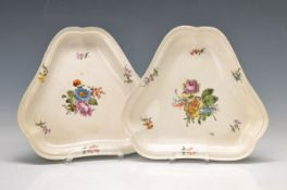 pair of triangular bowls, Vienna, around 1760,polychrome painting, floral bouquet and