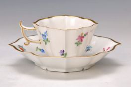 Mocha- or Espresso cup with saucer, Meissen, around 1890, quatrefoil shape, painted in bright colors