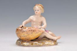 figurine, Meissen, around 1880, cupid with clam, Model no. F 182, polychrome painting, slightly