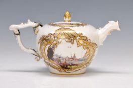 tea pot, Meissen, around 1740, quality full polychrome painting, miniature-like representations of