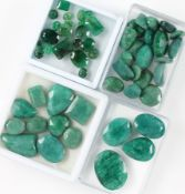 Lot emeralds total approx. 400 ct , different shapes, opaque quality Valuation Price: 2980, - EURLot